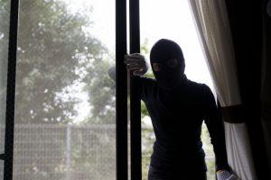 防犯ガラスは家の防犯性を高める強い味方です